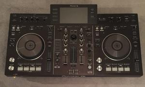Pioneer XDJ-XD all in one USB player