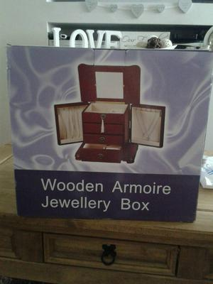 Brand new large wooden jewellery box