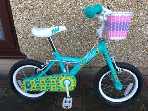 """Apollo Petal Kids Bike - 14"""" Girls - Immaculate Condition with Removable Basket and Stabilisers"""