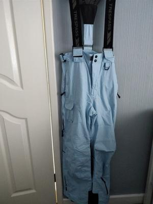 Teens....Trespass Light Blue Ski Trousers Aged Yrs.....In Excellent Condition