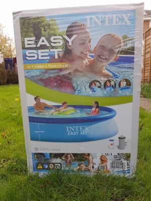 12ft BRAND NEW Swimming Pool