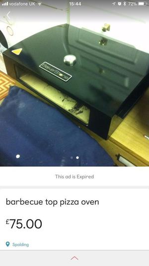 Gas barbecue top pizza oven