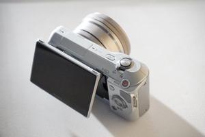 Sony NEX -3 mirrorless camera