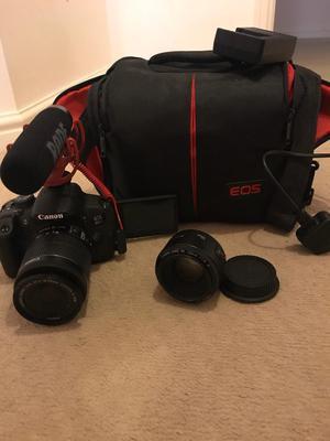 Canon 700d camera
