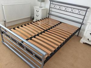 Iron Bed, double