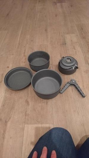 5 piece camping pan and kettle set