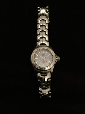 Beautiful TAG Link woman's watch - great Xmas
