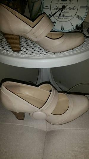 Clarks Cream leather slip on heeled shoes