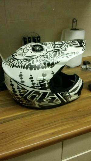 Full face helmet. Mtb