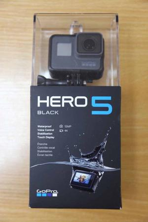 GoPro Hero 5 Boxed and with loads of accessories