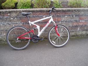 """Mountain Bike,20"""" Frame,26"""" Alloy Wheels,F+R Suspension, FULLY SERVICED."""
