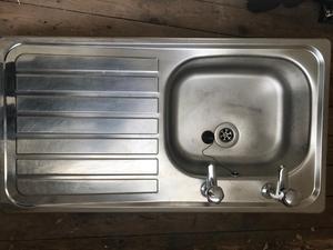 Sink & taps