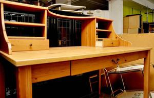 SALE NOW ON!! - Office Desk -Can Deliver For £19