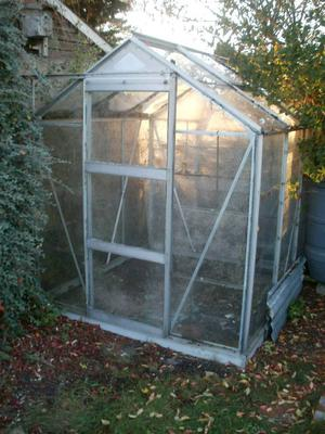 5ft x 6ft Greenhouse For Sale