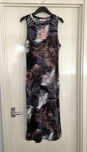 **BRAND NEW WITH TAGS** Womens size 10 grey sleeveless maxi dress