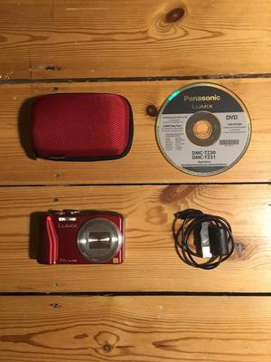 Camera Panasonic Lumix DMC-TZ30 + accessories