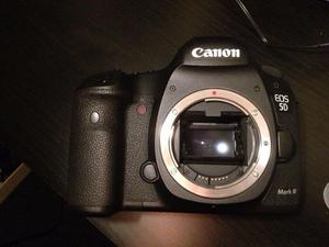 Canon 5d Mark iii / low 17K shutter
