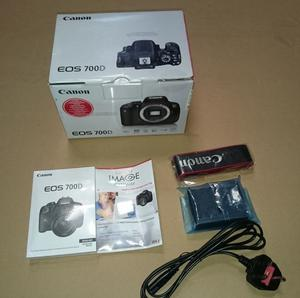 Canon 700D BOX ONLY with original accessories (strap, charger, manual)