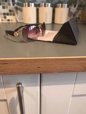Women's Gucci sunglasses *GENUINE* *make a offer*