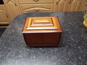 Wooden Trinket/Jewellery Box