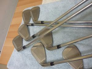 Callaway XHot 2 Golf clubs. Super Cond.Multi Com. Grips