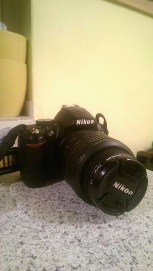 Nikon D SLR Camera, mm Lens, with charger & case