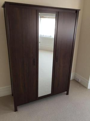 THREE DOOR MIRRORED WARDROBE