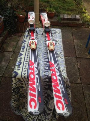Atomic Race 8 childs skis for sale.