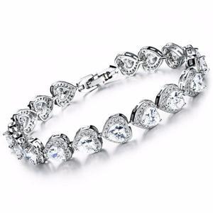 Classic Rhinestoned Heart Bracelet For Women