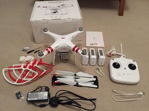 DJI Phantom 3 Standard Drone with 3 Batteries, Props & Accessories