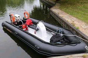 Excel vanguard 5.35 Rib boat