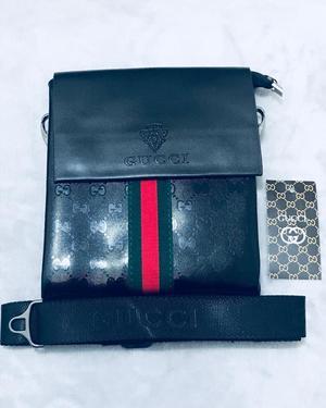 Gucci Black leather bag