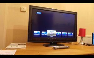 Panasonic Viera 32 Inch Lcd/led Full Hd p Tv With Freeview Hd,Can Deliver