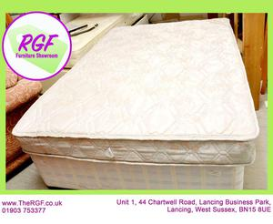 SALE NOW ON!! - 4ft 6 Double Divan Bed & Matress - Local