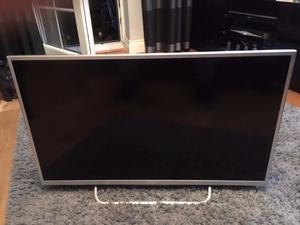 "Sony Bravia KDL-43W807C 43"" 3D p HD LED Internet TV damaged screen"