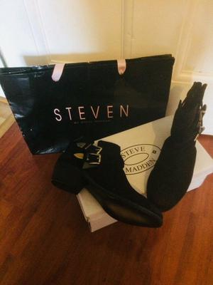 Steven Madden ladies black leather ankle boots brand new size 7 £50