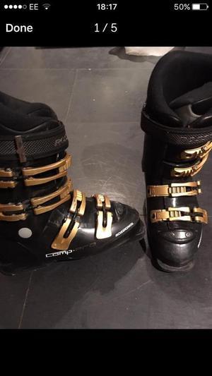 Rossingnol ski boots junior, size UK 4