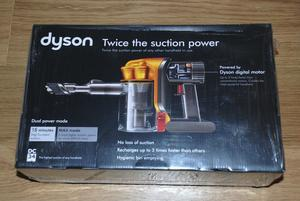 DYSON DC34 HAND HELD VACUUM CLEANER & ACCESSORIES - BRAND NEW