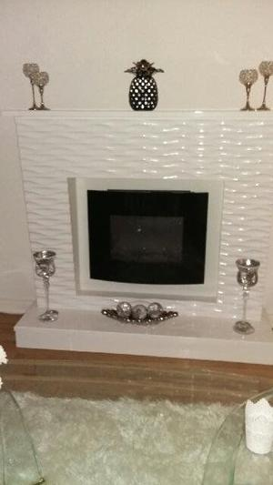 White High Gloss Fireplace with intergrated Fire