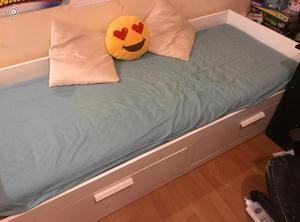 Day Bed / Double Bed