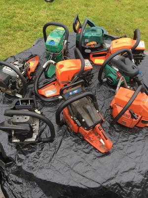 Lot of chainsaws 9 saws parts repairs spares husqvarna dolmar qualcast 2 stroke petrol engine carbs