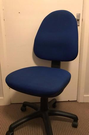 office chair - blue comfortable office chair in good condition