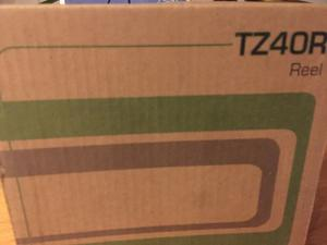 New boxed fishing reels TZ40R