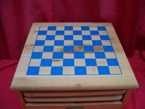 Campodium Box Game Set.