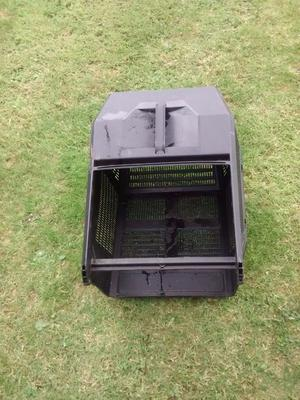 PETROL LAWNMOWER GRASS BOX.