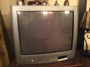 "17"" Phillips TV with Bush freeview box and remote control"