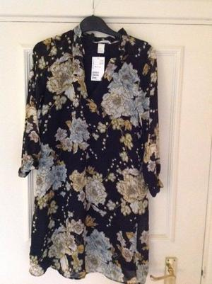 Brand New With Tags H&M Ladies Top - UK Size 8 - Collect from Guildford GU1