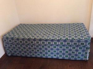 Single Bed with roll out bed in base Trundle Bed