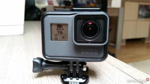 Go Pro Hero 5 + Accessory Pack