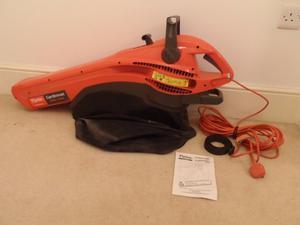 Flymo Garden Vac  Turbo Leaf Blower / Vacuum / Shredder